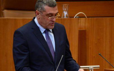 Por Ávila preguntará al presidente de la Junta por las medidas frente al aumento de ataques de lobo al sur del Duero