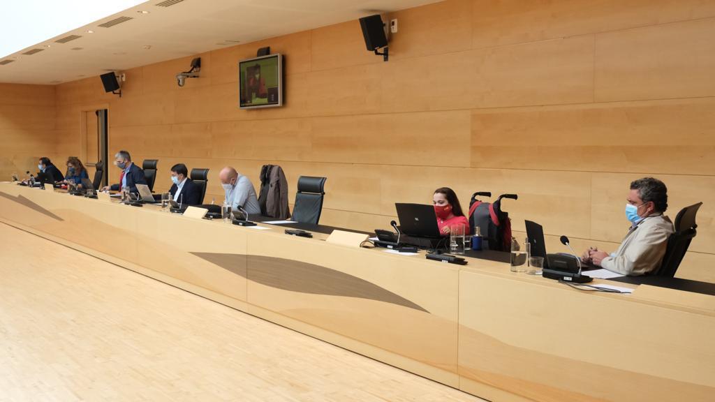 Por Ávila se interesará en las Cortes por el estado de ejecución de la AV-500, entre Ávila y El Espinar