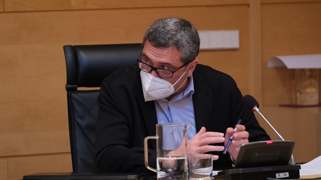 Por Ávila se interesa en las Cortes por las medidas regionales para apoyar a los comercios de venta de suvenires